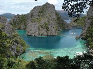 CIMG2528 300x225 フィリピンでオススメのリゾート ~パラワン コロン島~