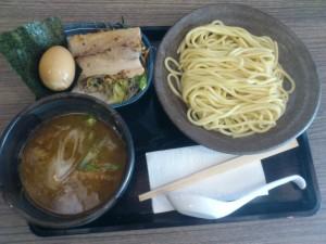 DSC 1129 300x225 マニラに出来たつけ麺屋、三ツ矢堂製麺に行ってきた