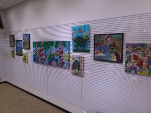 DSC 1726 1 300x225 フィリピン人アーティストによる作品展開催中