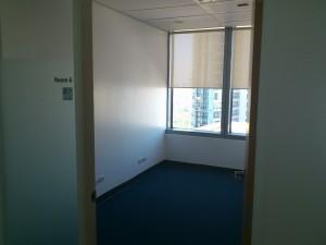DSC 1783 300x225 マニラでこれからビジネスを始めたい人のためのレンタルオフィス