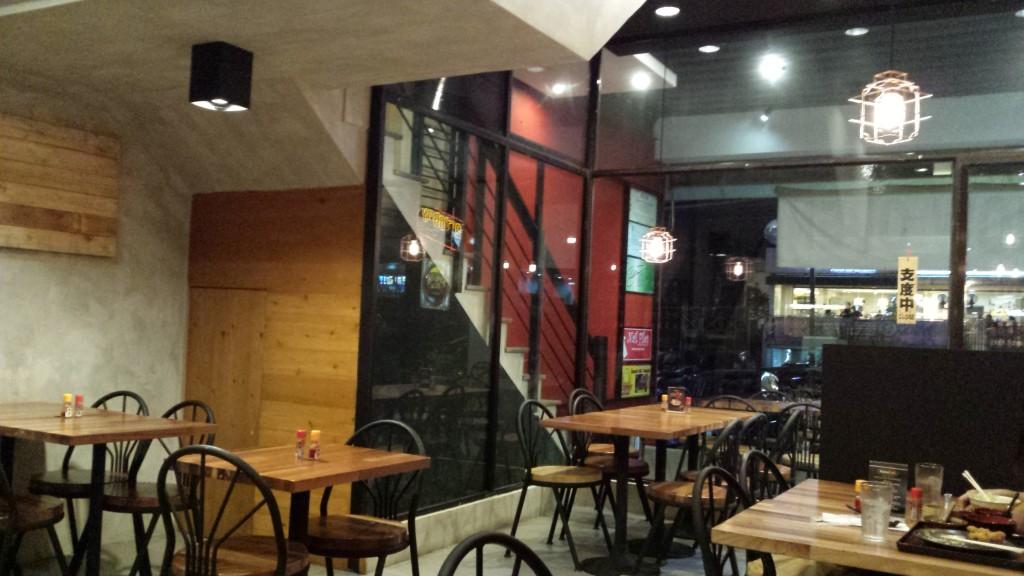 20131204 214742 1024x576 マニラのとんかつ屋 Katsu cafeに行ってきた