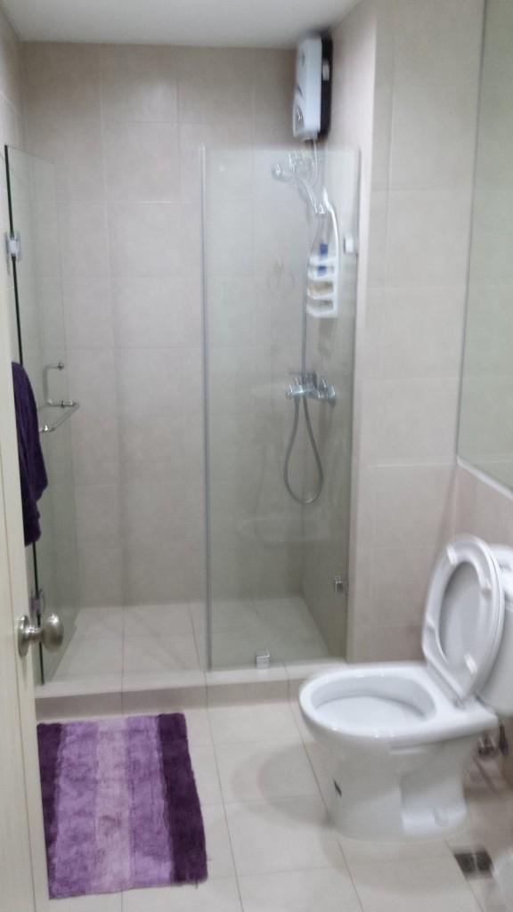 20131207 183615 e1386495873201 576x1024 Airbnbをマニラで利用してみた