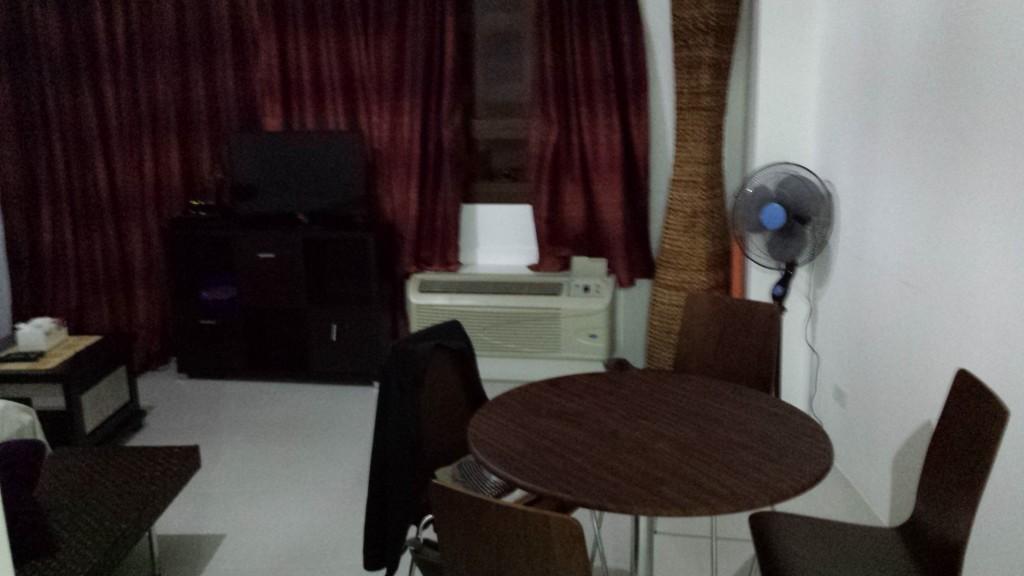 20131207 183636 1024x576 Airbnbをマニラで利用してみた