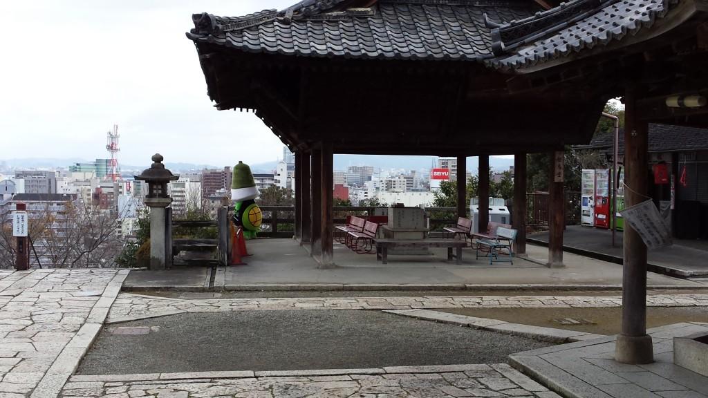 20131216 125840 1024x576 三井寺のゆるキャラがあまりにもゆるかった
