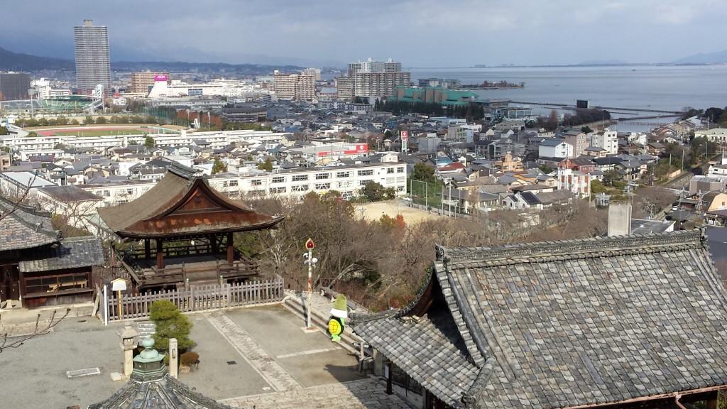 20131216 130035 1024x576 三井寺のゆるキャラがあまりにもゆるかった
