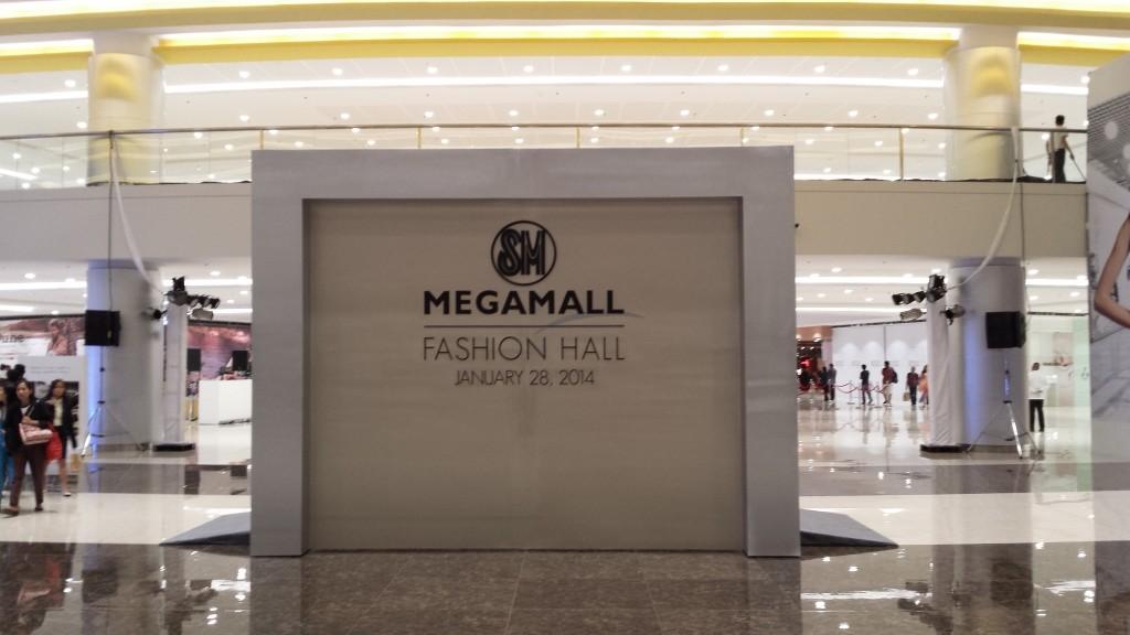 20140128 201424 1024x576 マニラのSM MegamallにMega Fashion Hallがオープンしたので行ってきた