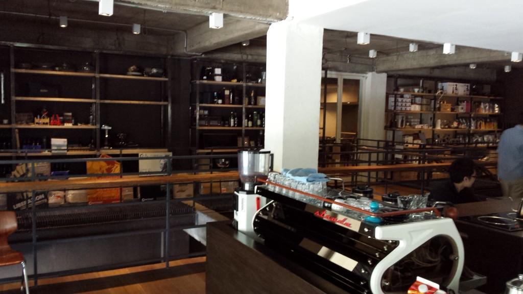 20140427 135949 1024x576 第三のコーヒー、フィリピン産オリジナルカクテルを広める!EDSA Beverages Design Groupに行ってきた