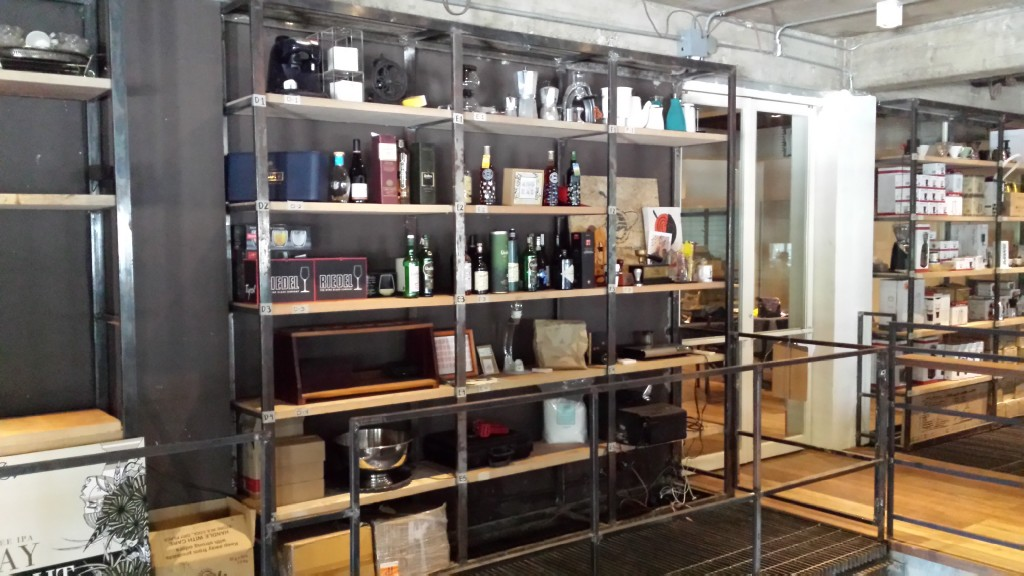 20140427 150800 1024x576 第三のコーヒー、フィリピン産オリジナルカクテルを広める!EDSA Beverages Design Groupに行ってきた