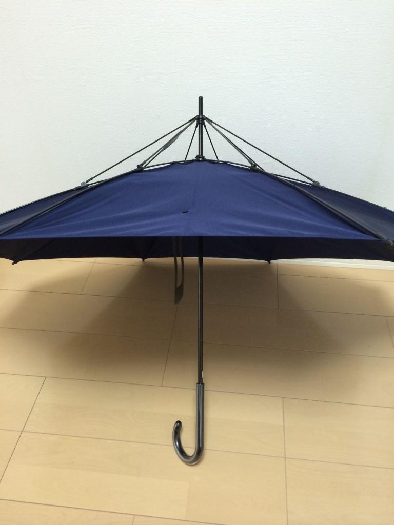 140615 3 768x1024 デザインに優れたイノベーティブな傘を買ってみた