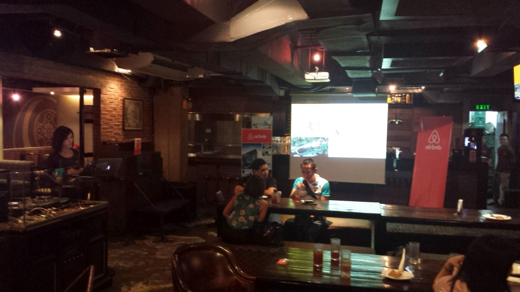 20140815 195023 1024x576 Airbnbのミートアップイベント@マニラ に参加してきた