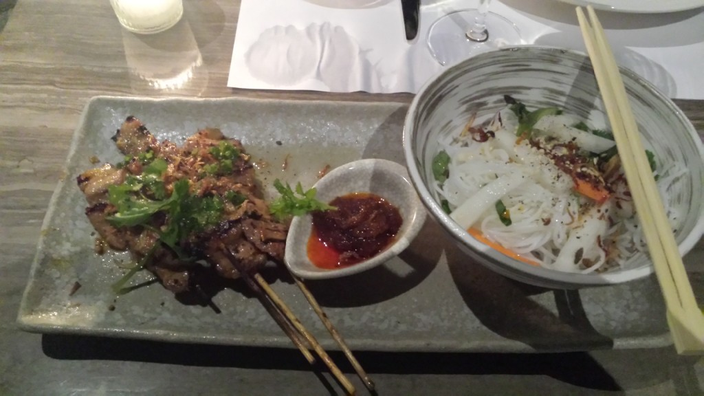 20140817 185915 1024x576 Ayalaトライアングルにある雰囲気のいいレストラン Blackbird に行ってきた!