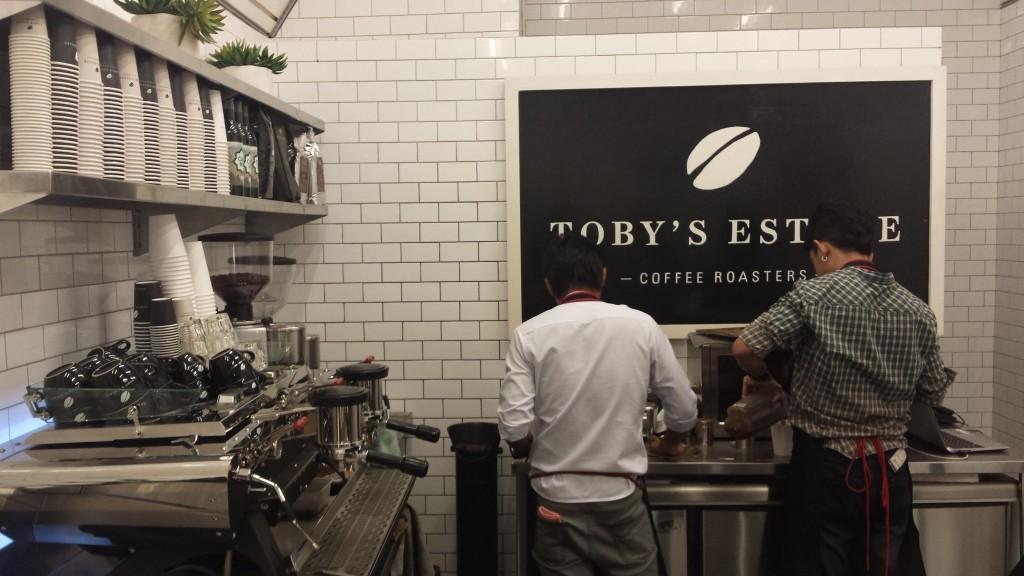 20141130 203411 1024x576 マニラで一番おいしいコーヒー屋 Tobys Estate