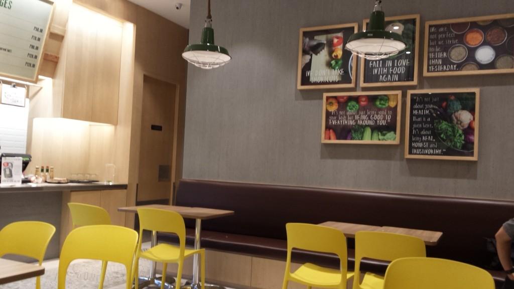 20150208 181747 1024x576 Salad Stop:Bonifacioで野菜サラダが食べられるお店
