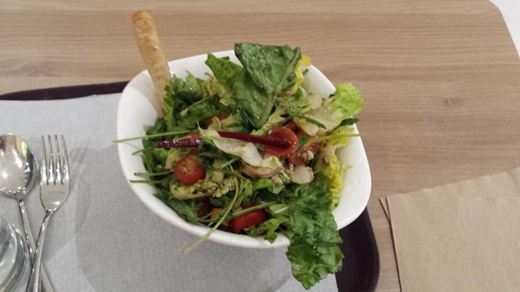 20150208 181939 1024x576 Salad Stop:Bonifacioで野菜サラダが食べられるお店