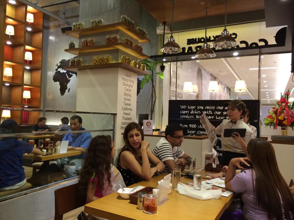 2015 03 01 18.19.47 1024x768 カレーのCoCo壱番屋がマニラに1号店をオープン!