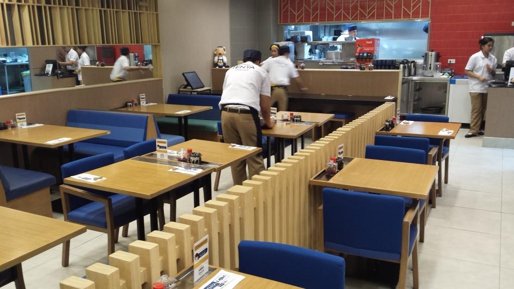 2015 04 20 20.56.30 1024x576 マニラに天丼のてんやがオープン!!