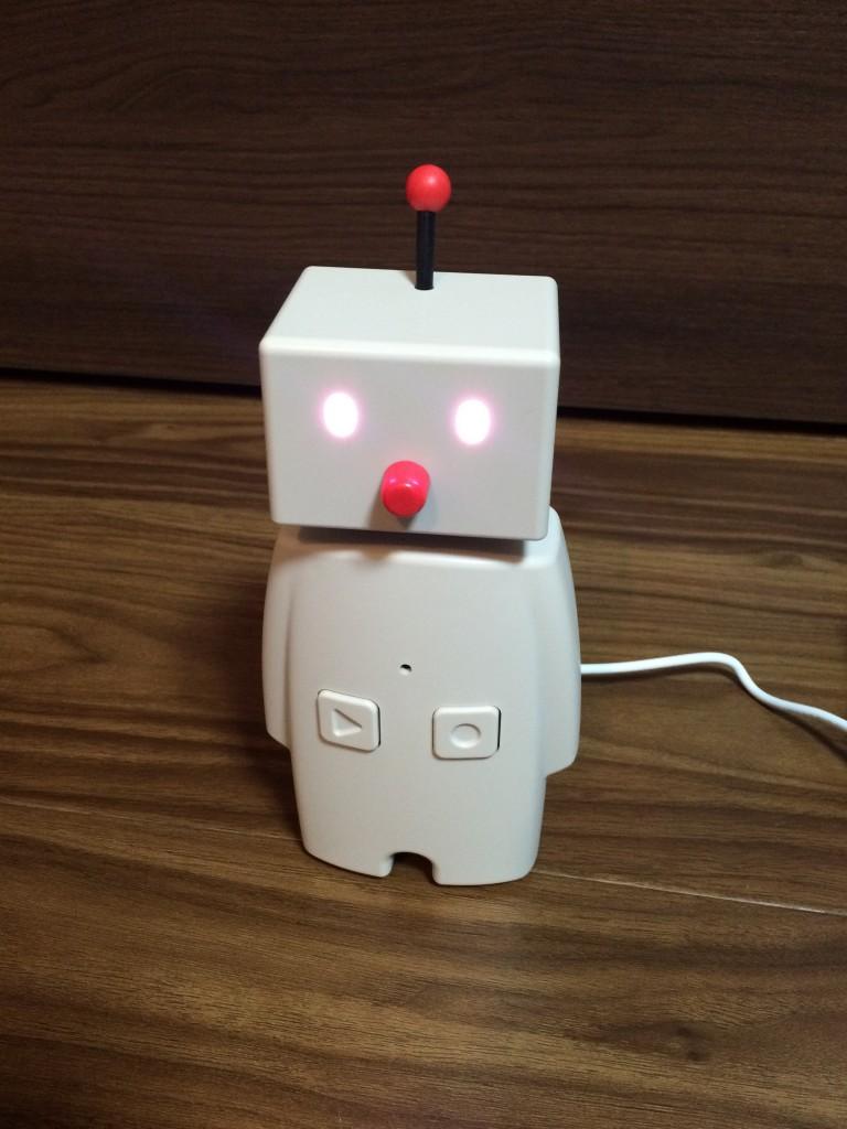 2016 02 12 22.44.53 768x1024 ユカイ工学のコミュニケーションロボットBOCCOを買ってみた